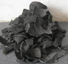 than hoạt tính làm từ gáo dừa